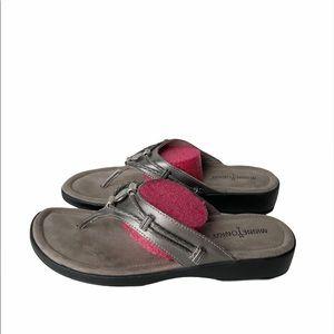 Minnetonka Pewter Sandals 8